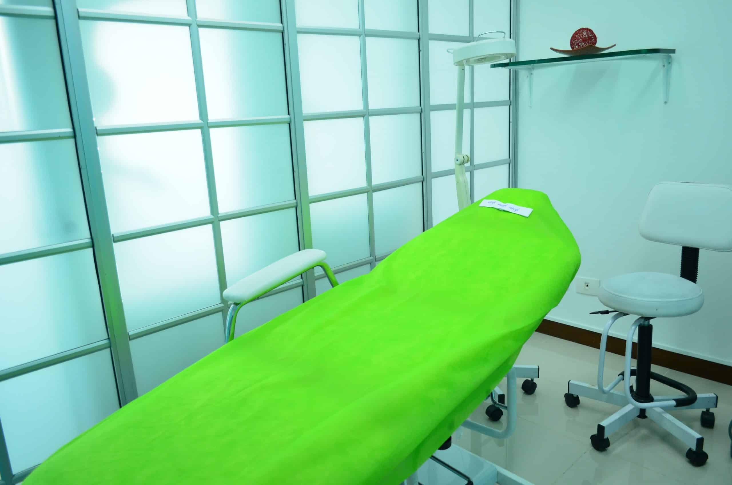 Aká je účinná liečba nádorov kože? Musia sa vždy odstraňovať chirurgicky?